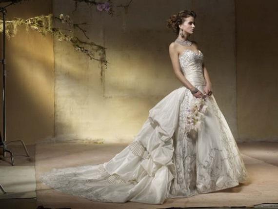 Wedding Gowns With Bling: Amalia Carrara Wedding Dresses