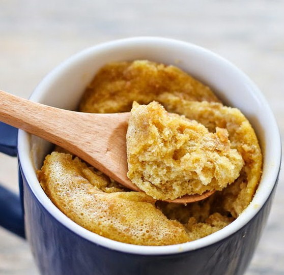 4 Ingredients Flourless Peanut Butter Mug Cake
