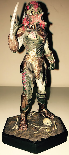 Issue 9 Berserker Predator Figurine