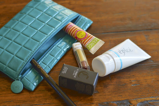 Babbling 'Bout Beauty: Unboxing // Ipsy October 2014