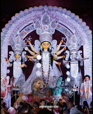 Durga Puja Festival: Some Best Durga Puja in the City of Joy, Kolkata!