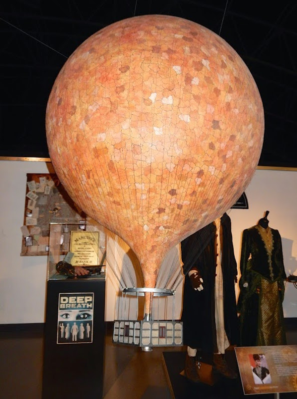 Doctor Who Deep Breath Hot air balloon model