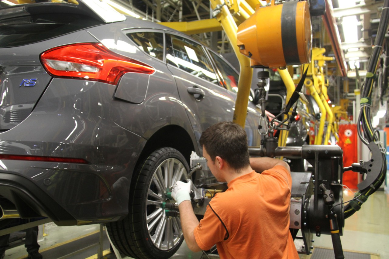 FocusRS Production 03 Το πρώτο Focus RS βγήκε από τη γραμμή παραγωγής του Saarlouis στη Γερμανία, έρχεται και το Ford GT