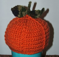 http://translate.googleusercontent.com/translate_c?depth=1&hl=es&rurl=translate.google.es&sl=en&tl=es&u=http://cobblerscabin.wordpress.com/happy-hookin/lil-punkin-hat-free-crochet-pattern/&usg=ALkJrhjv7raCVOeF3Z79QLz0s-abnQbe8Q