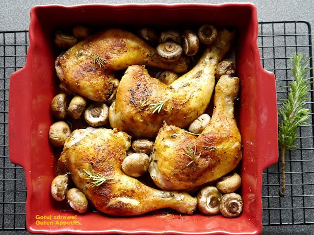 Chrupiące udka kurczaka z pieczarkami - Czytaj więcej »