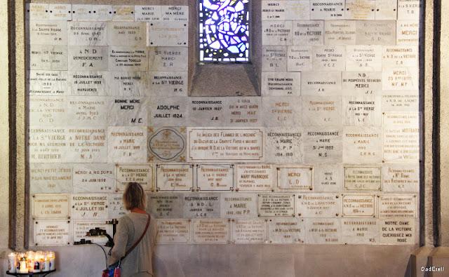 Ex-votos Basilique Notre Dame de la Victoire Saint-Raphaël