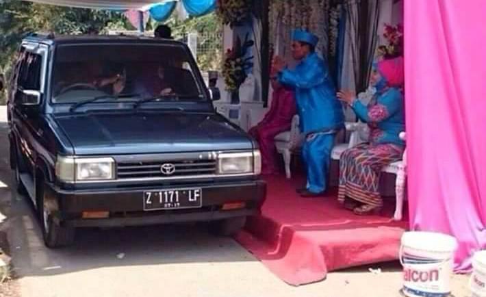 Heboh, Beredar Foto Resepsi Pernikahan Drive Thru di Sosmed