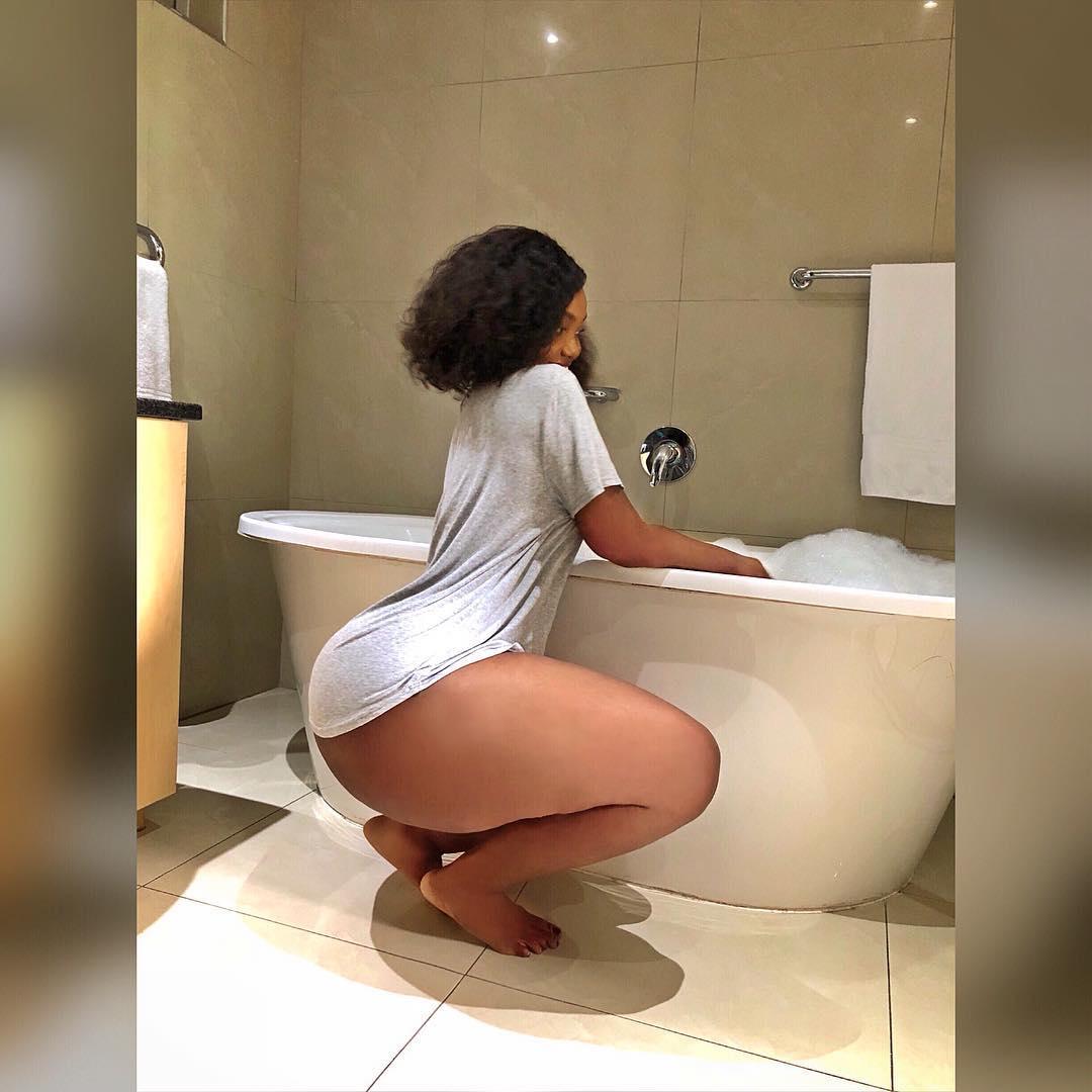 Sanchoka in a Bathroom 2