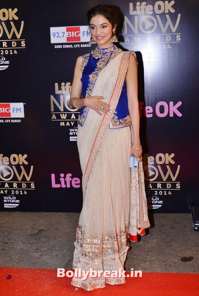Divya Khosla, Akshay, Jacqueline, Prabhu Dheva attend Life OK Awards