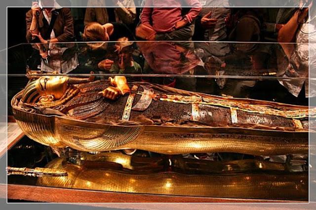 Benda - Benda Makam Yang Menjadi Curian Dari Manusia Berkepala Tapi Tak Berotak