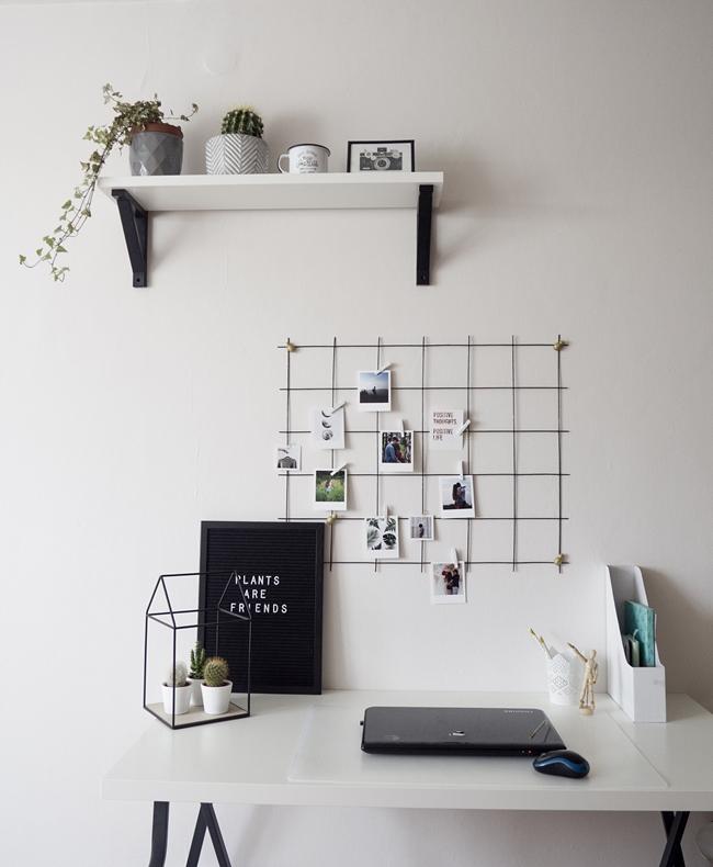 metalowa krata nad biurkiem