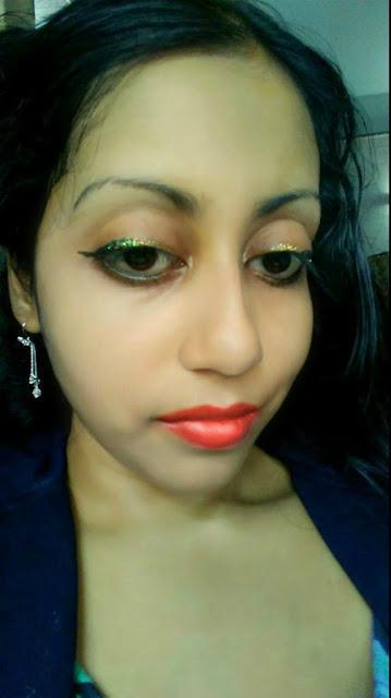 Me Wearing Kiko Glitter Liner