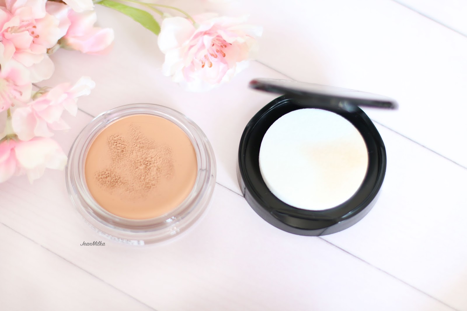 review, product review, max factor, miracle touch skin smoothing foundation, foundation, drugstore, makeup