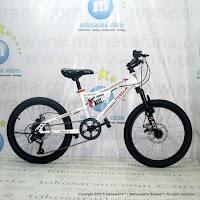 20 Inch Reebok Chameleon Spirit Pro Junior Mountain Bike