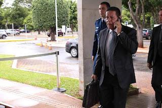 Fala de Bolsonaro desagrada ala militar; Mourão tenta contornar crise