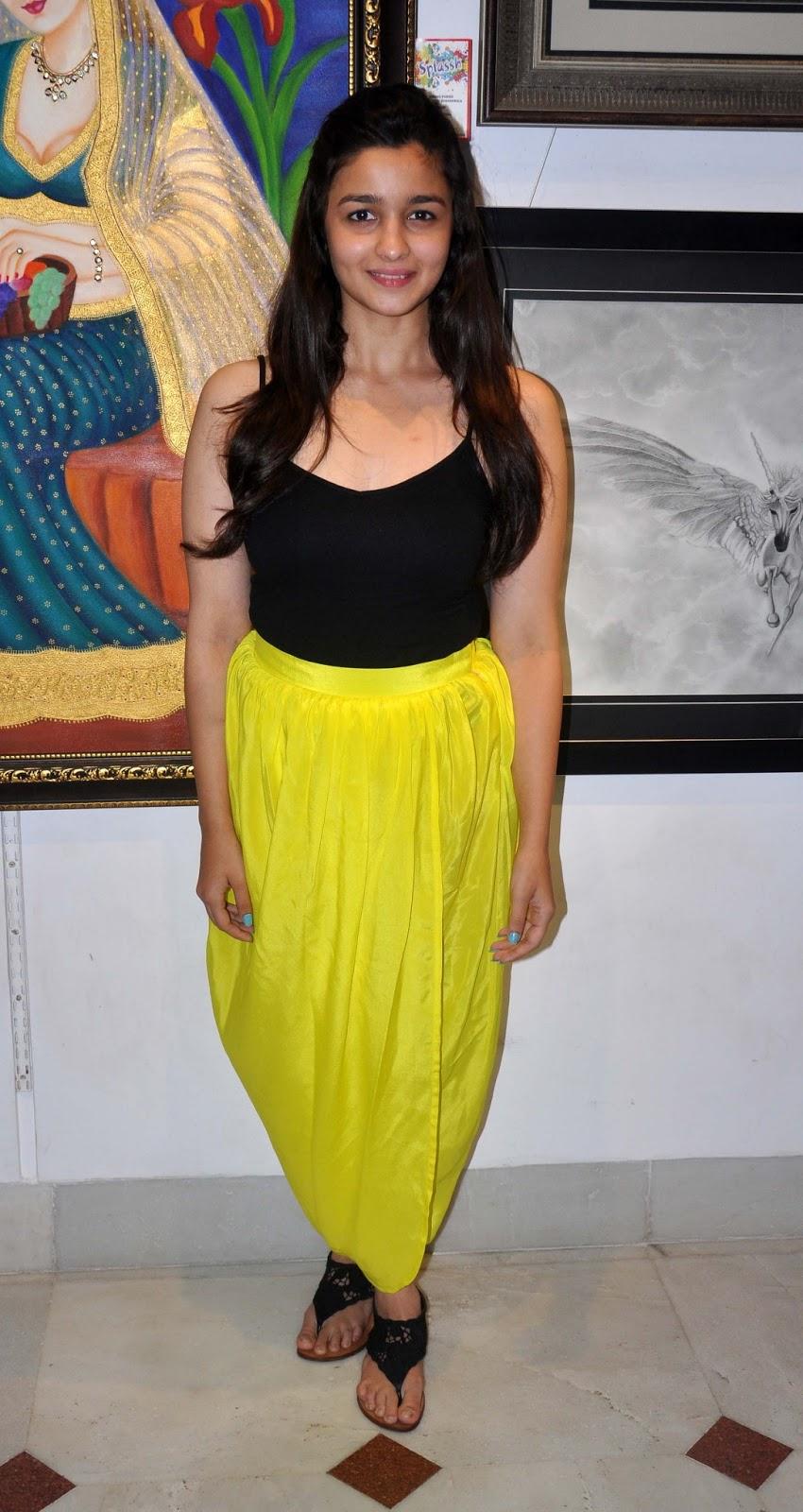Alia Bhat Hot In Sleeveless Black Top Hd Group Sex