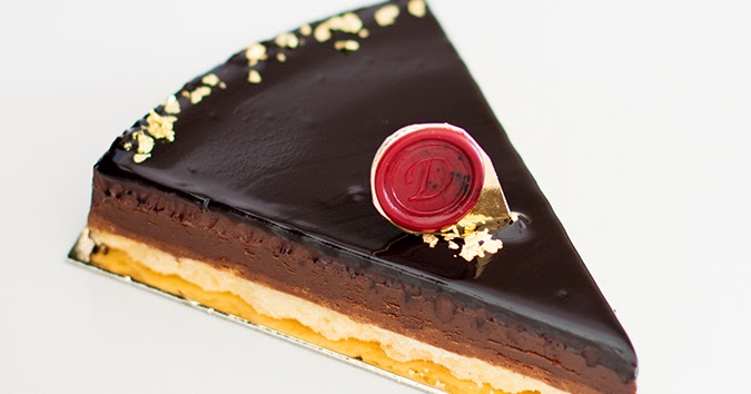 dailydelicious: Dark Chocolate Praline Tart