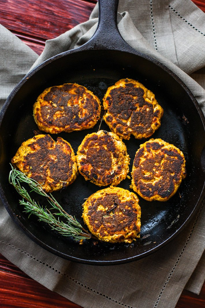 Low FODMAP Paleo Salmon Cakes