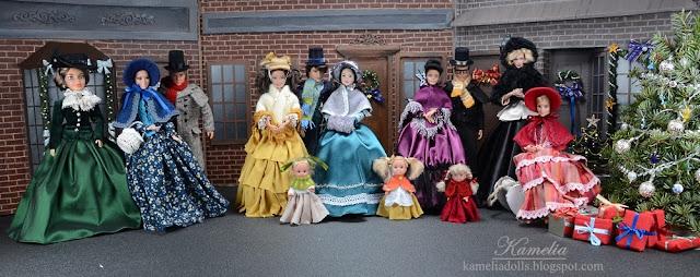 Ręcznie szyte suknie dla lalek Barbie.