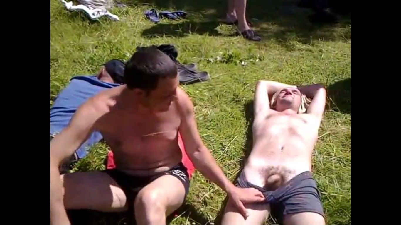Straight Man Nude 104