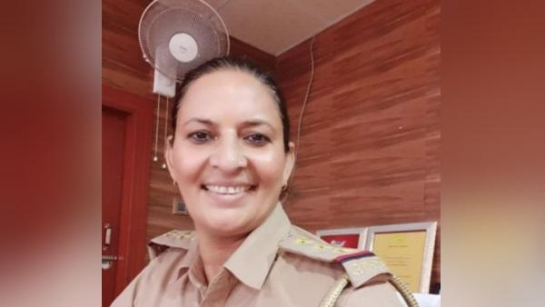 इंस्पेक्टर लक्ष्मी सिंह चौहान के घर पुलिस की छापेमारी, सवा लाख रूपये बरामद - newsonfloor.com