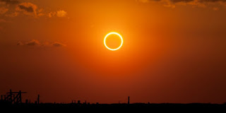 Fonomena Gerhana Matahari Menurut Islam