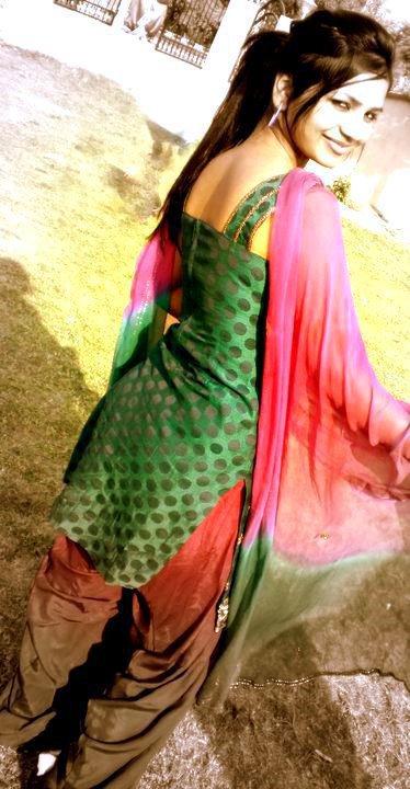 Punjabi Smart Girl Hd Wallpaper Wallpaper Hut