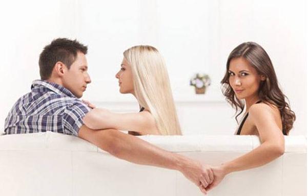 AGEN BOLA - Pada Usia Berapa Pria Rentan Berselingkuh