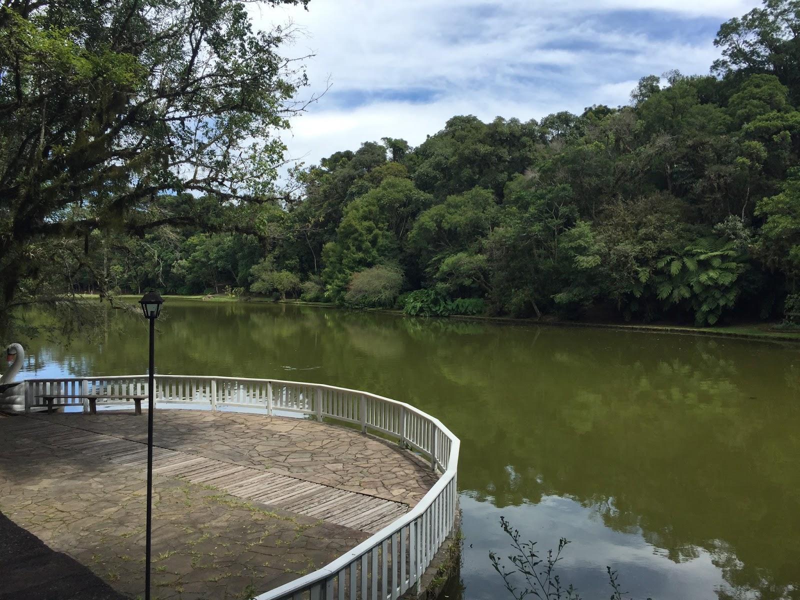 lago na aldeia do imigrante