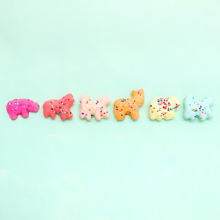 http://www.akailochiclife.com/2016/11/eat-it-rainbow-iced-animal-cookies.html