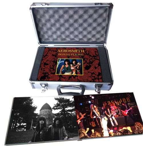 AEROSMITH: Limited edition Photo Book τον Νοέμβριο