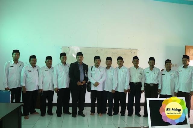 Peresmian Kelas IT Kampus 2 MTsN 1 Probolinggo Oleh Kakanwil Jatim