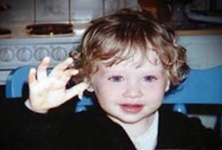 Kevin föddes 12/10-93 och mördades 16/8-98