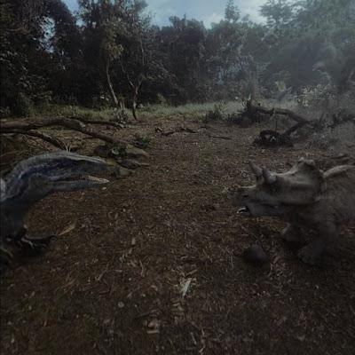 JURASSIC WORLD BLUE 争う小さな恐竜