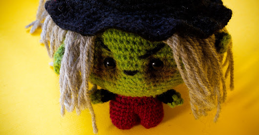 Amigurumi crochet witch pattern