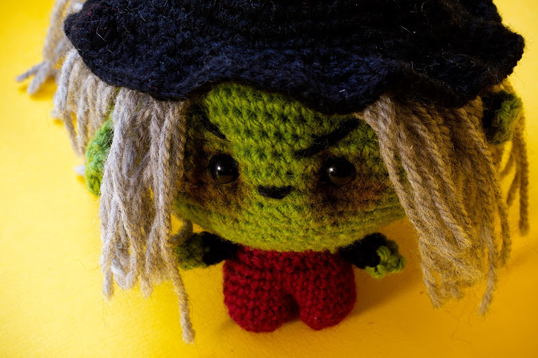 Try out our Amigurumi crochet witch pattern. The pattern has pictures and a written pattern in both english and spanish plus video of the whole process as streamed live on facebook.