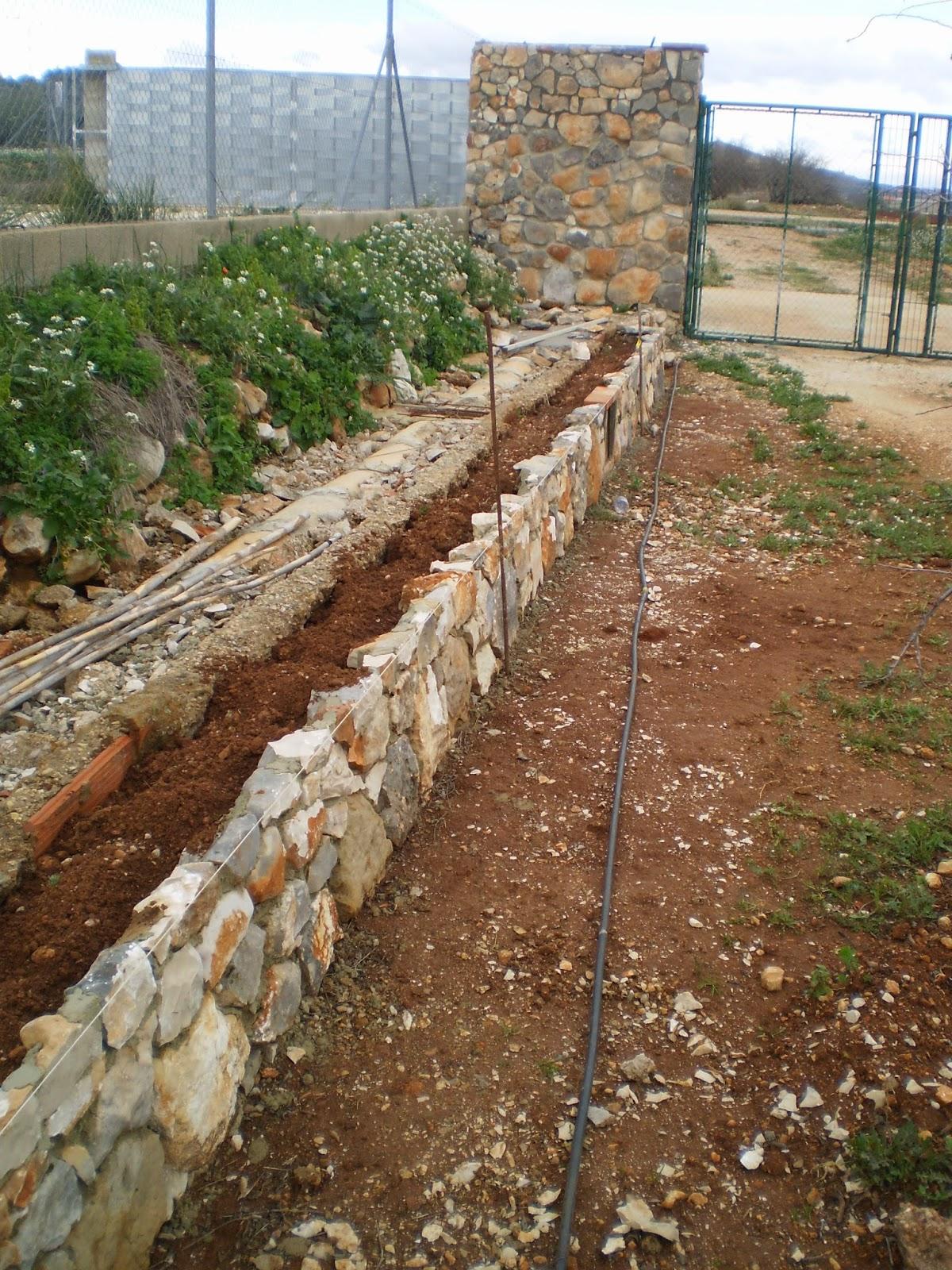 El blog de la elena un blog dulce divertido y for Jardineras con bloques de hormigon