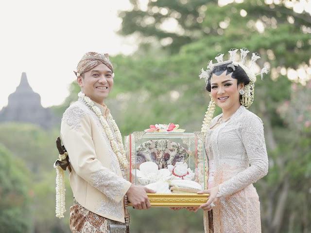 Baru Mau Honeymoon, Vicky Shu-Suami Tak Tunda Anak: Hajar Terus!
