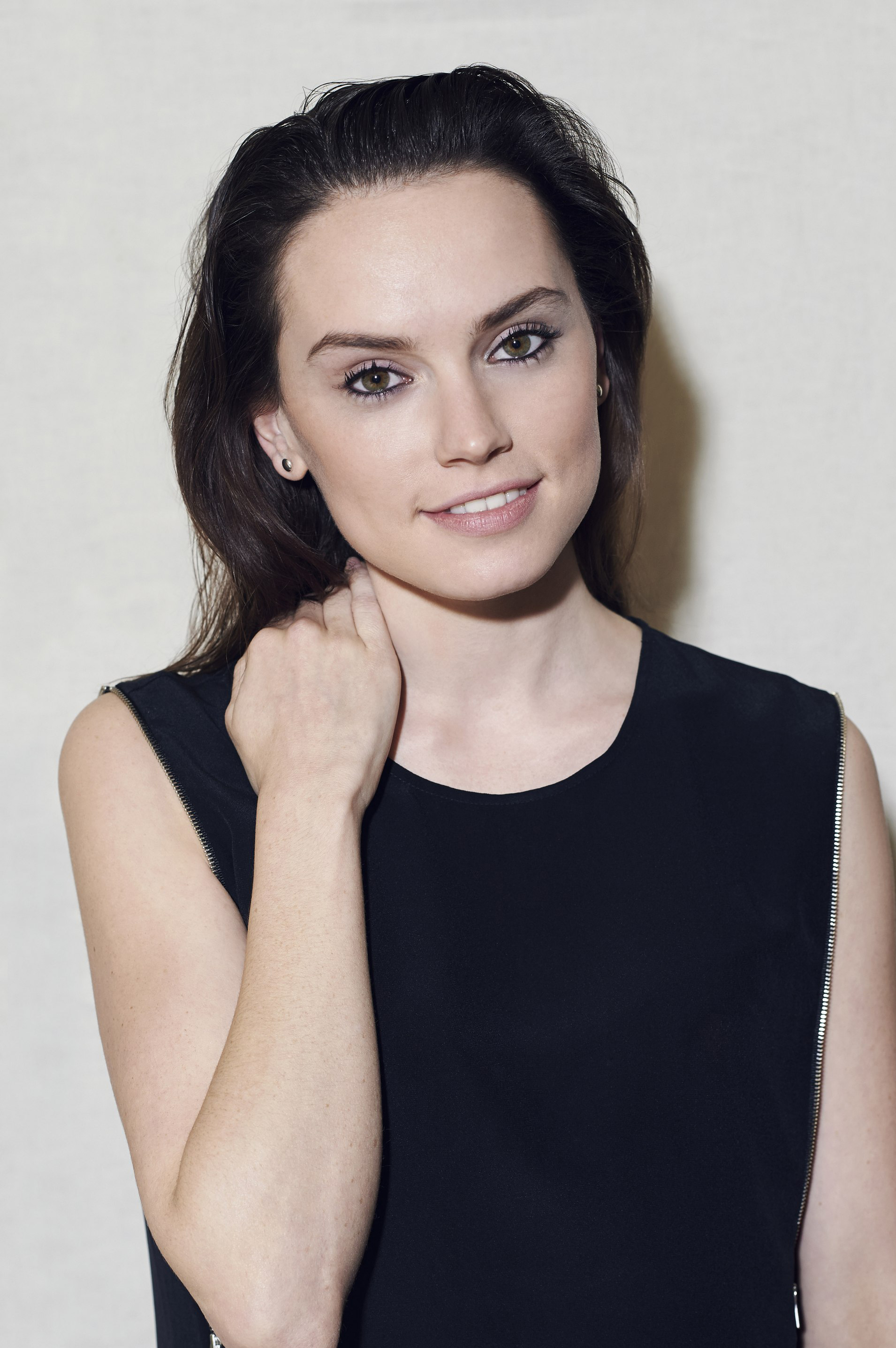 Daisy Ridley Pictures Gallery 6  Film Actresses-6766