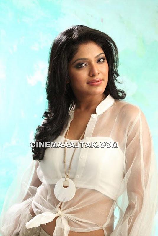 Rima Kallingal Hot Photo Shoot New Latest Images