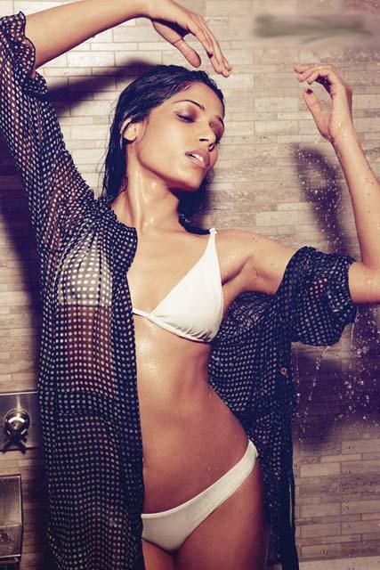 Freida Pinto Bikini Pictures 37