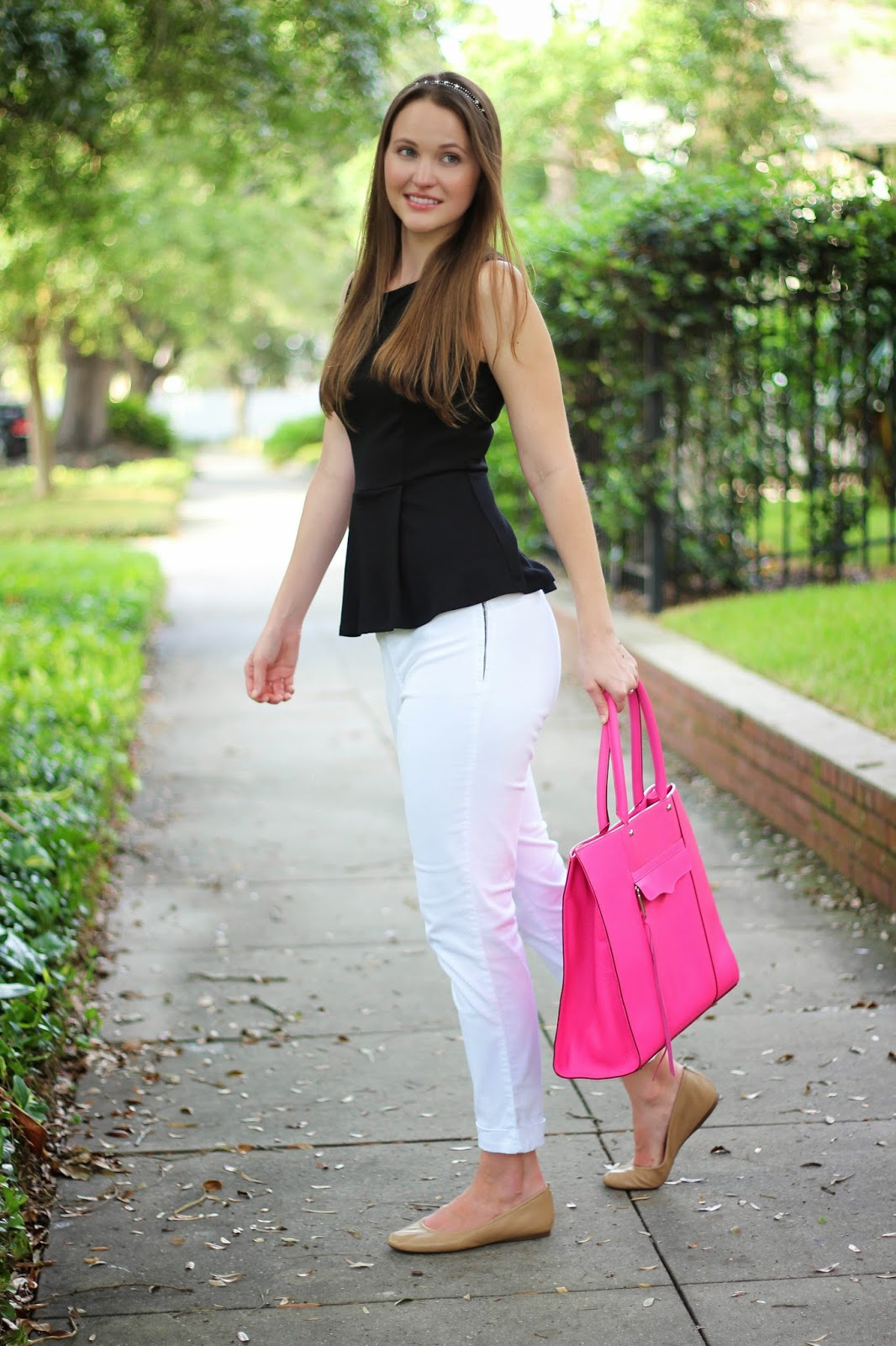 Black And White Kelly Elizabeth Style