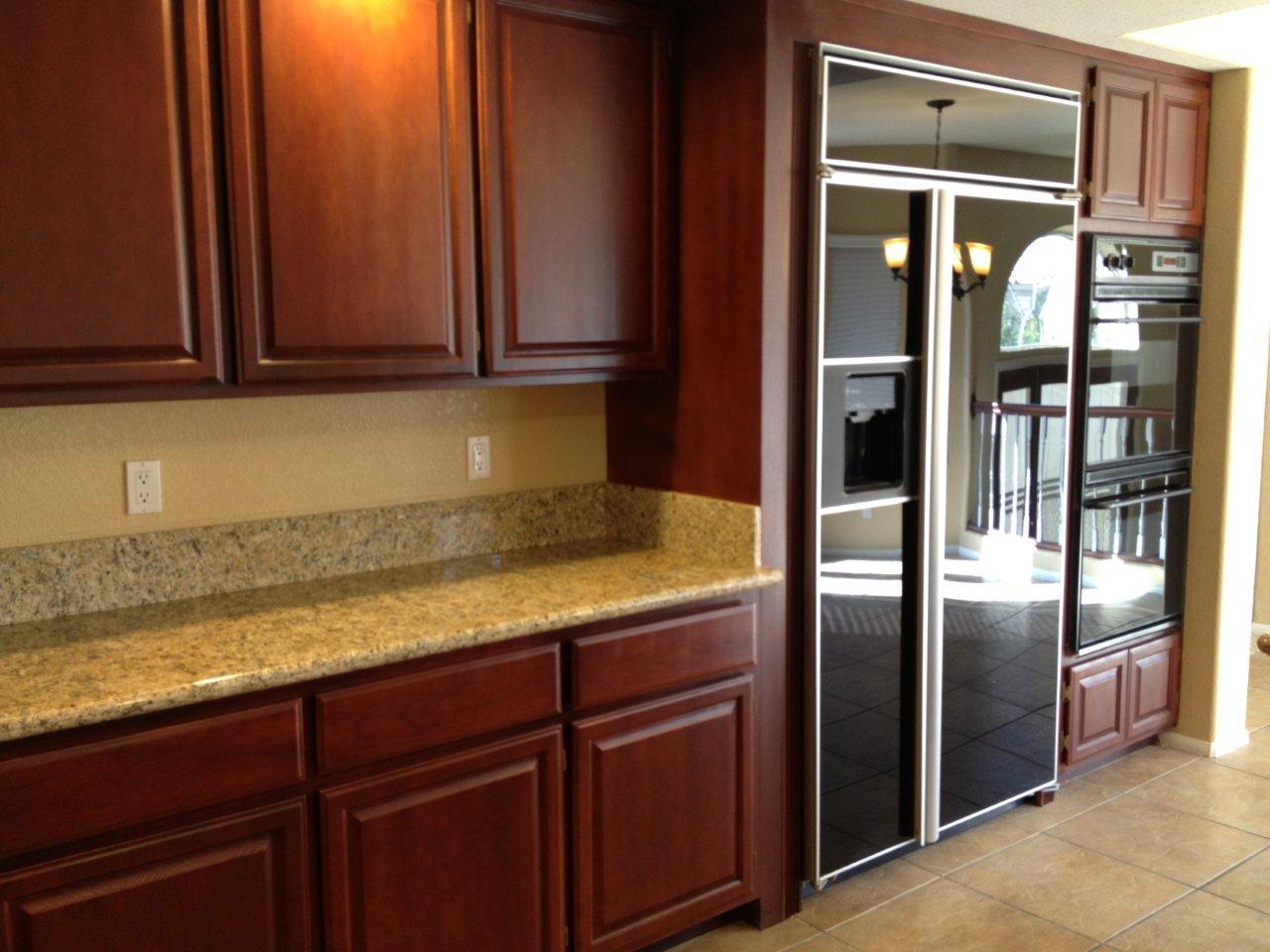 KITCHEN AND BATHROOM DESIGNS: Countertops Backsplash ... on Kitchen Counter Top Decor  id=58284