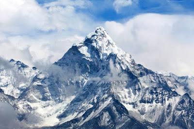 Índia quer medir o Everest após terremoto no Nepal