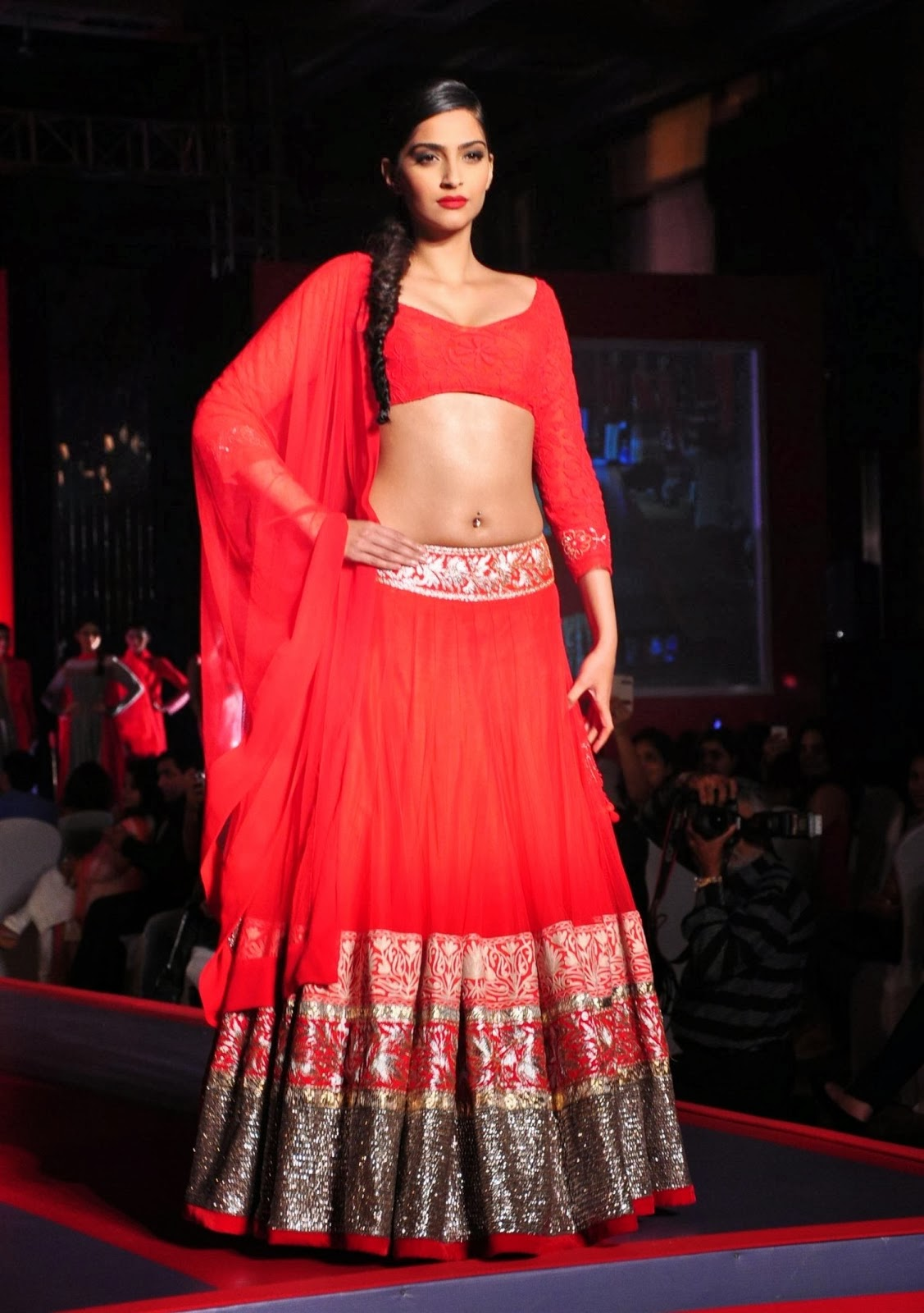 Gorgeous Bollywood Actress Sonam Kapoor Hip Navel Show Photos In Red Dress