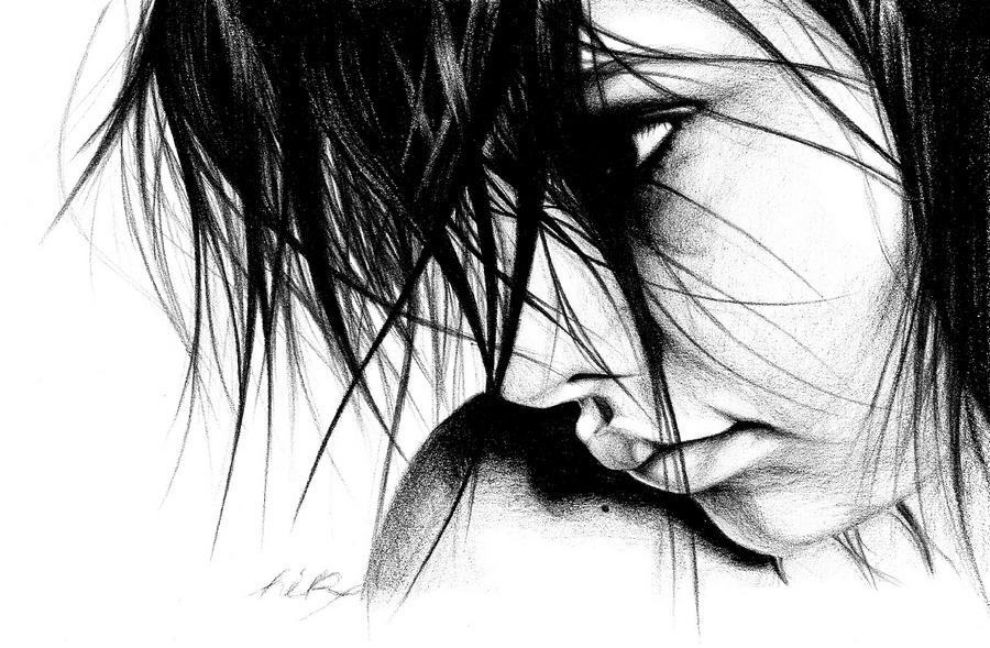 09-Two-Lukasz-Koniuszy-Black-and-White-Portrait-Drawings-in-Pencil-www-designstack-co