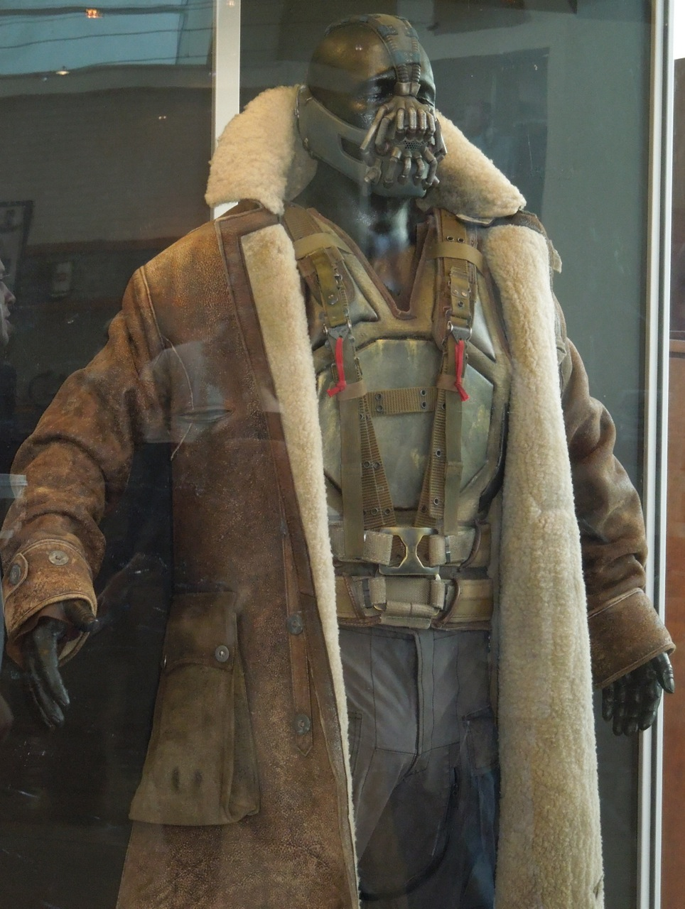 Dark Knight Rises Bane costume & Hollywood Movie Costumes and Props: Tom Hardyu0027s Bane costume from ...
