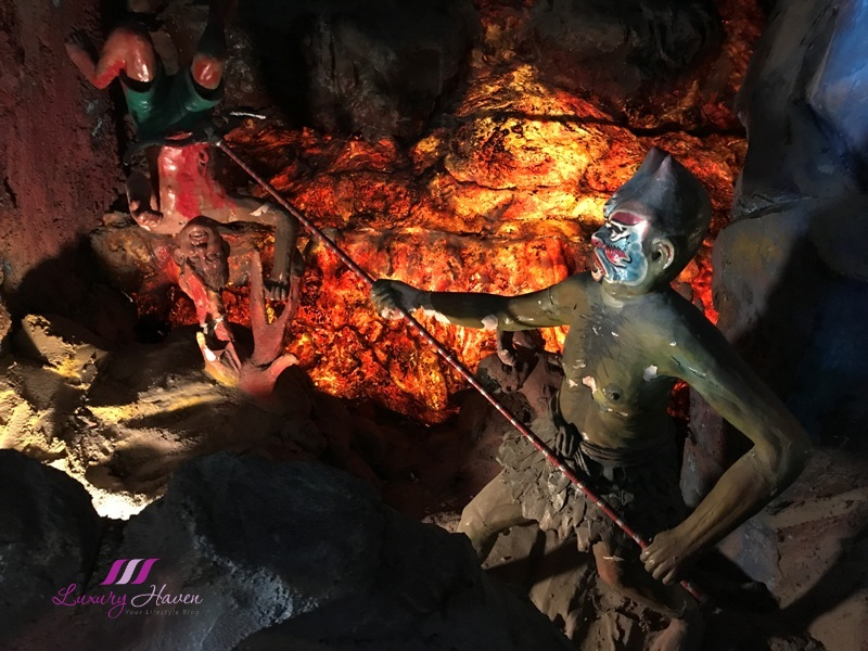 haw par villa second court of hell punishment