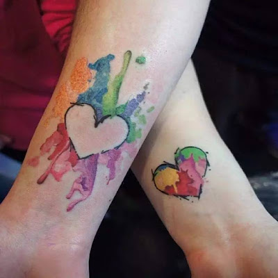 Tatuajes para Pareja : Tatuaje para parejas de corazones pintados con acuarelas