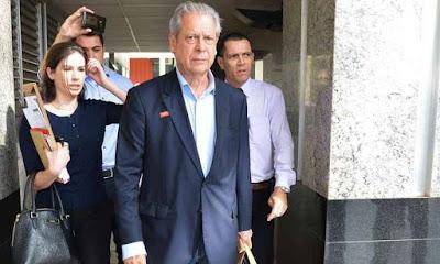 É prisão perpétua, reage defesa de Dirceu à pena imposta por Moro